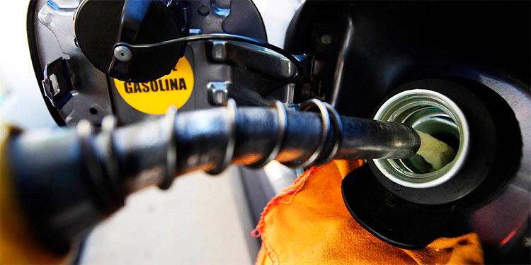Una nueva caída semanal en las reservas de crudo nacionales superior a la esperada, de 7.6 millones de barriles, impulsó también el precio del Texas.