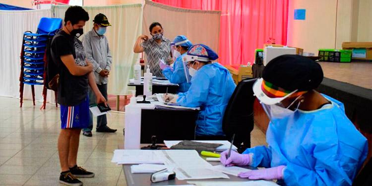 Los coordinadores de los centros de triajes de la capital solicitan a la Sesal que se acelere el nombramiento del personal sanitario que esta en primera línea.