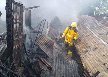 Desafortunadamente el incendio estructural deja a varias familias desprotegidas.