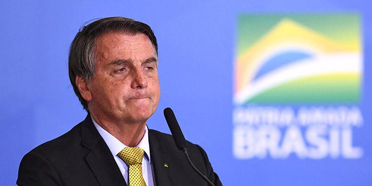 Once partidos progresistas brasileños y hasta grupos de derechas presentaron el miércoles al Congreso otro pedido de juicio político contra el presidente Jair Bolsonaro. (LASSERFOTO  AFP)