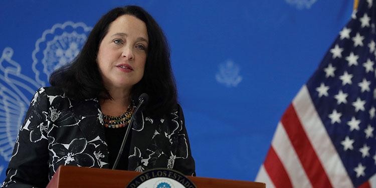 La nueva encargada de negocios interina de Estados Unidos en El Salvador, Jean Manes, garantizó una posición neutral respecto de la política interna del país. (LASSERFOTO EFE)