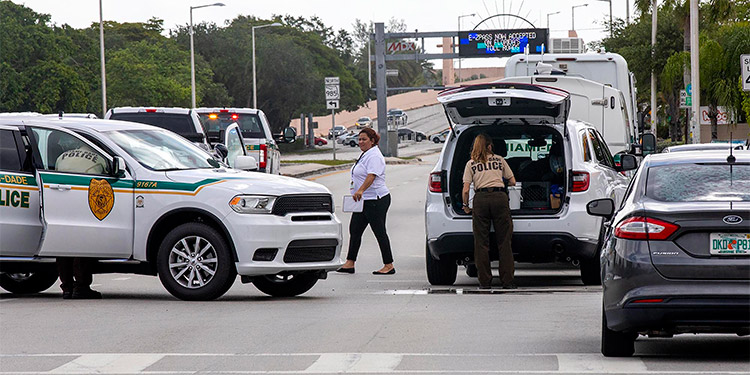 Un tiroteo ocurrido en el suroeste del Condado Miami-Dade, en el sur de Florida, dejó tres muertos y al menos seis heridos, informaron las autoridades locales. (LASSERFOTO  AP)