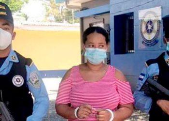 Marlin Xiomara Contreras Urraco (27).