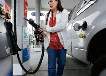 Desde la semana pasada el galón de gasolina superior superó los 100 lempiras.