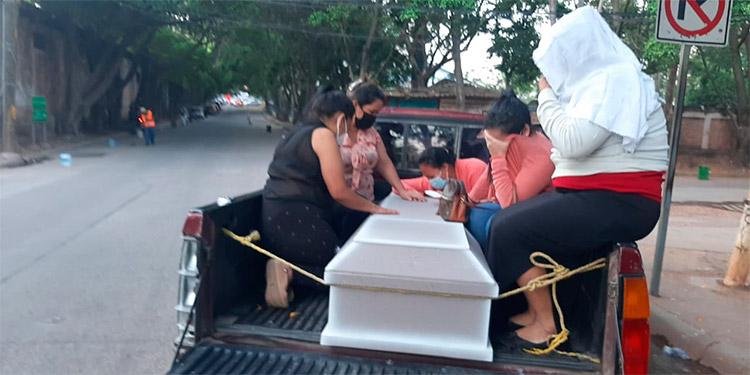 Supuestamente a Roger Rolando Ordóñez Hernández lo mataron porque no lo conocían en la zona.