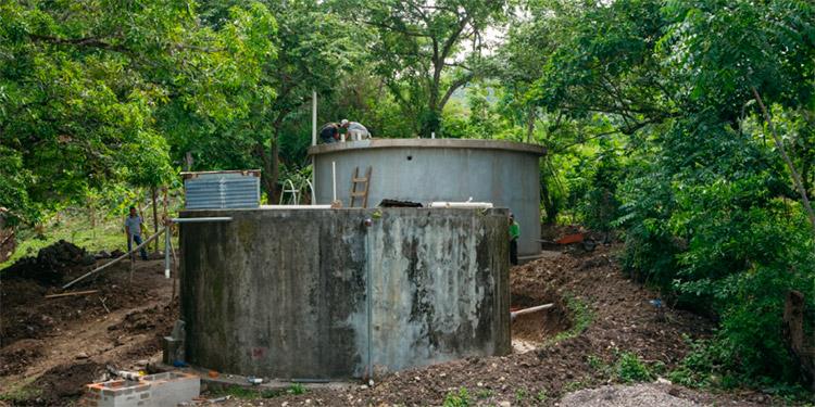 """En el 2021, el programa """"Baños Cambian Vidas"""" brindará asistencia de impacto social en comunidades del El Salvador, en asociación con la ONG Plan International y en Guatemala, Nicaragua y Honduras, en asociación con la ONG Water For People."""
