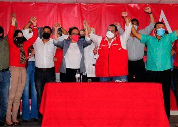 Xiomara Castro expuso que, en las elecciones generales de noviembre, el pueblo tiene la opción de votar.