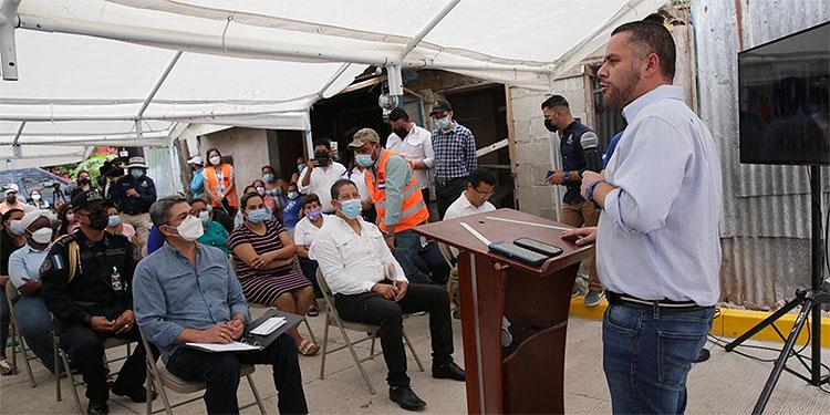 El candidato a alcalde nacionalista de Tegucigalpa, David Chávez, en La Flor No. 1.