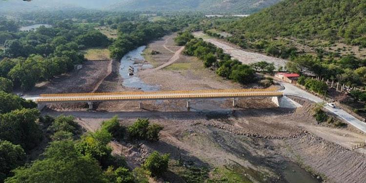 Este puente que une a varios municipios sureños será inaugurado próximamente por el Presidente Juan Orlando Hernández.