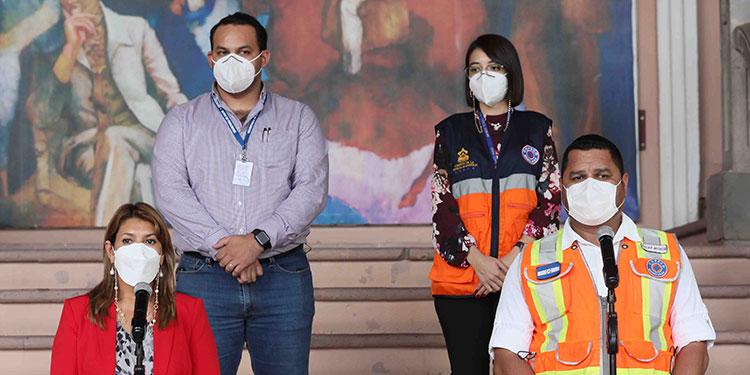 Que no relaje medidas de bioseguridad frente a la pandemia, pide a la población el nuevo coordinador de centros de triaje, Rony Antúnez.