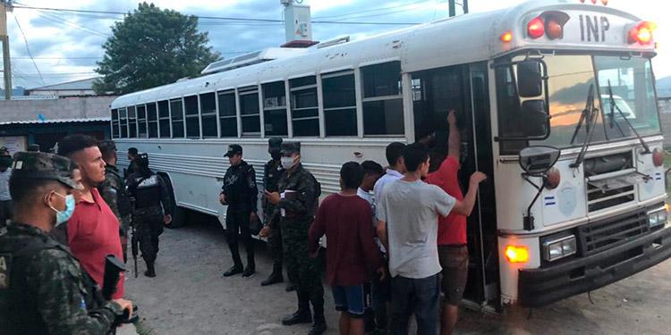 Los reclusos fueron trasladados desde la cárcel de Támara, hasta la de máxima seguridad en Ilama, Santa Bárbara.