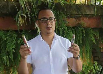 """José Luis Rojas, es el propietario de """"J Rojas Cigars""""."""