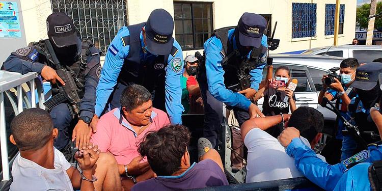 Al día siguiente de la muerte del italiano Giorgio Scanu, autoridades policiales capturaron a varios sospechosos de haber participado en el hecho.