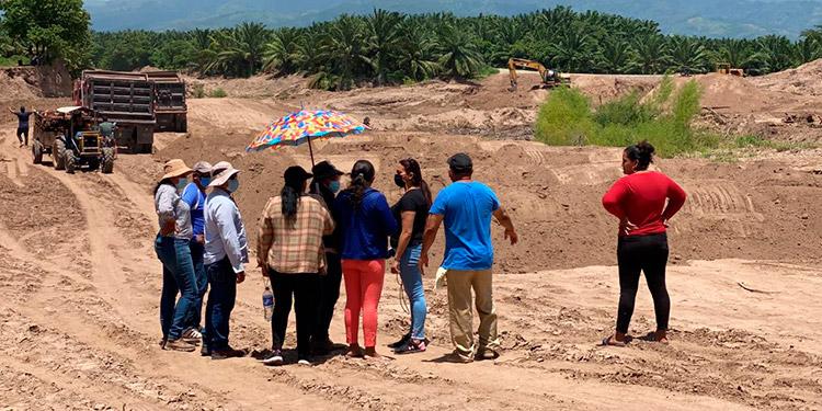 Aproximadamente 30 comunidades de la zona estarán siendo beneficiadas con estas obras en los bordos de Amapa.