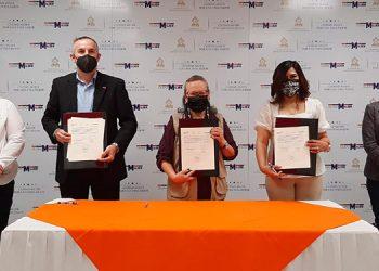 El convenio de cooperación fue firmado por World Vision Honduras, el Caderh y el Programa Presidencial Ciudad Mujer.