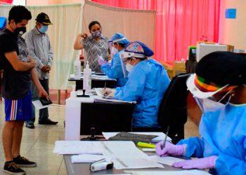 La positividad en los centros de triaje de Tegucigalpa alcanza el 59 por ciento.