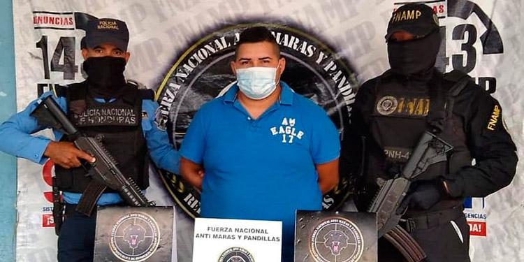 Al detenido la Policía lo señala de recolectar dinero producto de la extorsión a transportistas de la zona.