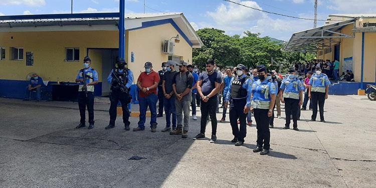 La DPI pondrá a los detenidos a disposición del Ministerio Público, para que se continúe con el proceso legal que conforme a ley corresponde.