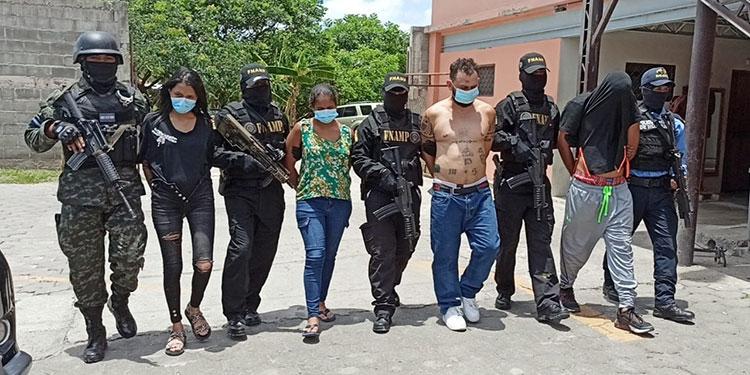 Los cuatro miembros de la MS-13 fueron capturados en la colonia Cataluña, cerca del crematorio municipal, periferia norte de la capital.