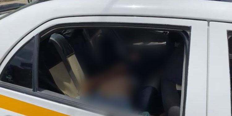 El muchacho fue trasladado de urgencia a un hospital de la zona por un taxista amigo, pero falleció debido a la gravedad de las heridas.