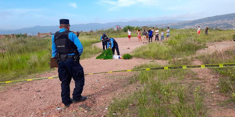 """En este solitario sector del cerro """"El Berrinche"""" mataron al ayudante del transporte público."""