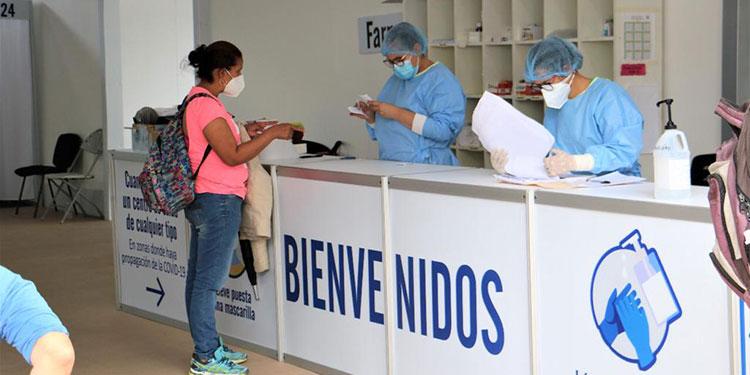 El nuevo personal de los centros de triaje permitirá atender pacientes las 24 horas del día.