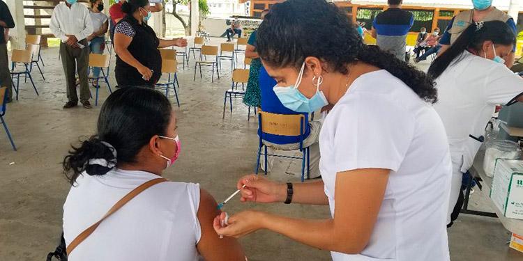 Se ha vacunado a personal del rubro del comercio de Danlí y alrededores.