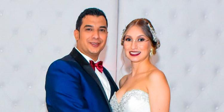Shirley Marlene Enamorado Cárcamo y Josue Haniel Delcid Santos.