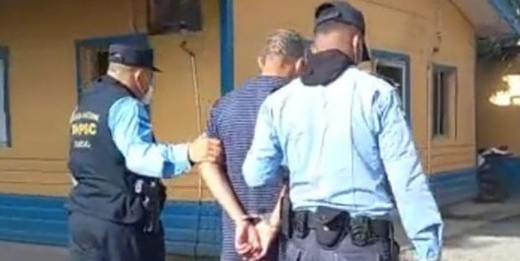 La Policía Nacional actuó con prontitud para darle captura al presunto asesino.