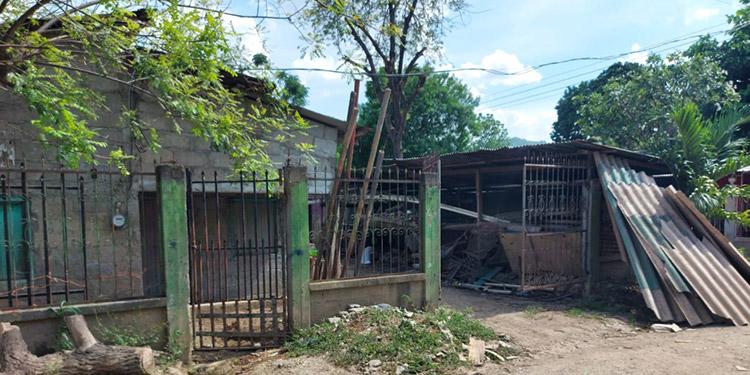 Las familias que han dejado abandonadas sus viviendas, en esta colonia, se han ido a vivir a zonas no inundables.