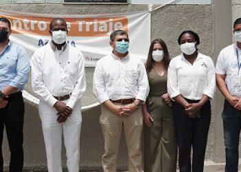 Las autoridades visitaron el centro triaje de La Ceiba, para conocer sus necesidades.