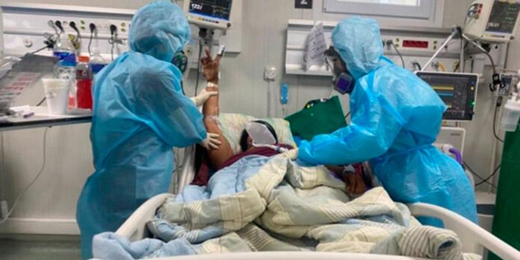 Se informó que la única forma de liberar cupos en el hospital móvil de San Pedro Sula es que un paciente muera o lograr un traslado al centro de estabilización del Gimnasio Municipal.