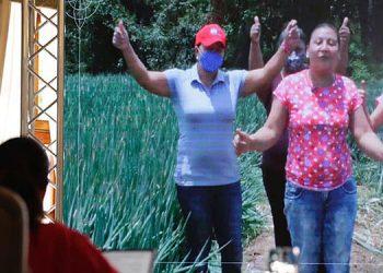 En Honduras las mujeres constituyen el 51.7% de la población total, de las cuales el 56.8% se concentra en el área urbana y el 43.2% en el área rural.
