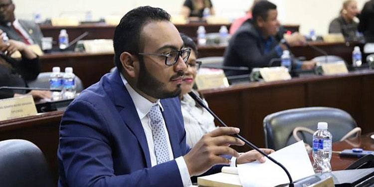Diputado Karlo Villatoro, advierte que se puede evitar cierre de comerciales.