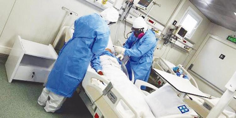 El hospital móvil de San Pedro Sula cuenta con 61 camas, pero con el alza de ingresos que se registran desde hace una semana podría quedarse sin cupos.