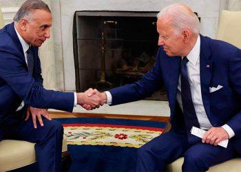 El primer ministro de Irak Mustafa al-kadhimi se reunió ayer en la casa Blanca con el presidente Joe Biden y Biden .