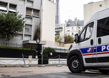 Las autoridades francesas reforzaron las medidas de seguridad en la embajada de Cuba en París, objeto de un ataque con cócteles molotov que fue condenado por Francia.   (LASSERFOTO  EFE)