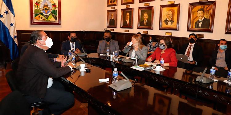 En una próxima reunión, el CNE presentará los pormenores de la tecnología a usar en las elecciones.