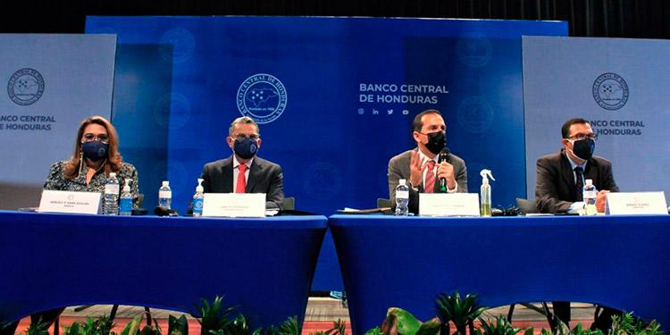 Las autoridades del BCH prevén un buen comportamiento económico, pero temen que la incertidumbre por pandemia y proceso electoral echen a perder estas proyecciones.