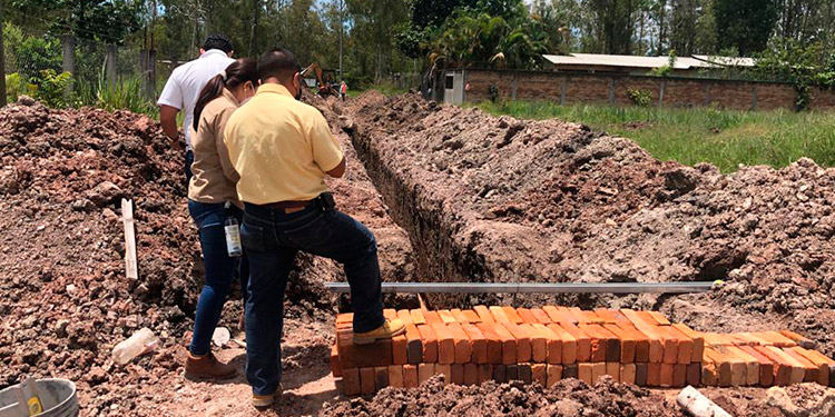 """La supervisión de la calidad de obra es realizada por personal de """"Aguas de Siguatepeque"""" y la auditoría municipal."""