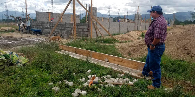 El alcalde de Trojes, Nelson Moncada (en foto), dijo que también aspiran a tener un banco de semen bovino por la orientación ganadera del municipio.