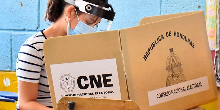 El presidente del Pinu, argumentó que el país no puede, ni debe, verse sometido a la costumbre de crear incertidumbre.