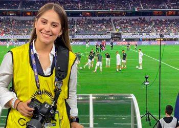 """""""Me siento afortunada de ser fotógrafa; el ser parte de esta profesión siendo mujer, me hace sentir orgullosa"""", dijo Yadiria Rodríguez."""