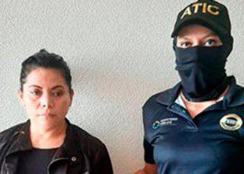 La fémina fue delatada por testigos protegidos y enfrenta casi cuatro años de cárcel por explotación sexual forzada de mujeres.