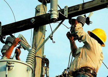 La autorización de bonos a la ENEE, elevará más el nivel de deuda del país sostienen sectores y piden detener las pérdidas técnicas y por robo de energía.
