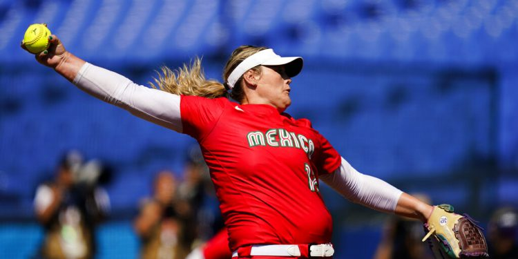 Mexico's Dallas Escobedo pitches during a softball game against the United States at the 2020 Summer Olympics, Saturday, July 24, 2021, in Yokohama, Japan. (AP Photo/Matt Slocum)