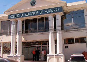 El Colegio de Abogados exigió al Estado políticas de seguridad claras y efectivas para ejercer la profesión del Derecho.