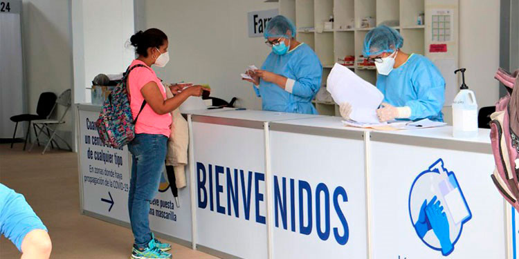 Los centros de triaje permiten detectar y atender de forma oportuna los casos de COVID-19 para evitar que los pacientes sean hospitalizados.