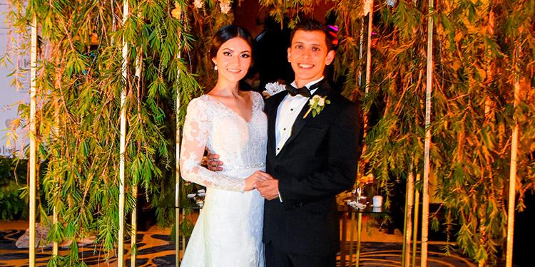 Marcia y Alfonso disfrutan su luna de miel en Colombia.
