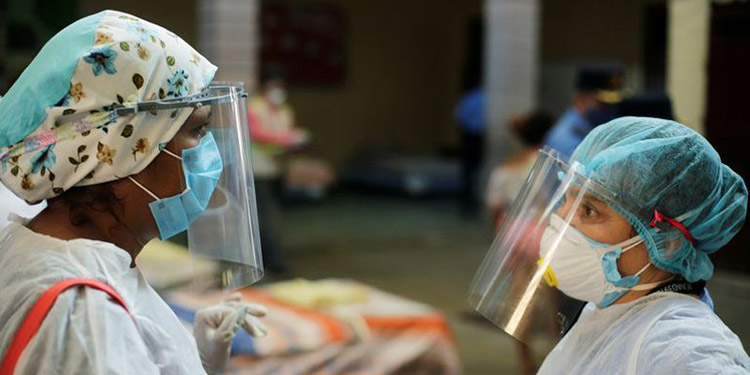 La ANEEAH destaca que tras la vacunación en su gremio, registran cuatro meses sin muertes de auxiliares de enfermería.